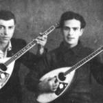 Ο Μαρινάκης με τον Ηλία Ποτοσίδη στον Πειραιά, 1939.