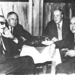 Από τ'αριστερά: Γιάννης Παπαϊωάννου, Στράτος Παγιουμτζής, Μάρκος Βαμβακάρης, Γ.Λαύκας.