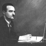 Ο Γιάννης Δραγάτσης στο γραφείο του στην Columbia.