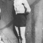Ο Μήτσος Γκόγκος ή Μπαγιαντέρας, ως πρωταθλητής της ελληνορωμαϊκής πάλης (1922).