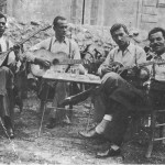 Ο Κερομύτης, ο Μπιρ Αλάχ και ο Μητσάκης σε φωτογραφία του 1944.