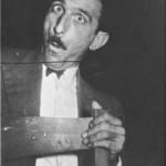 Ο Παπαϊωάννου μορφάζων (1949).