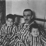 Ο Παπαϊωάννου με τους γιούς του.
