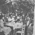 Ο Κώστας Πεδής (στη μέση), στη Στυλίδα.