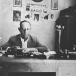 Ο Σέμσης στο γραφείο του στη Κολούμπια το 1940.