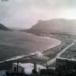 Ο παραλιακός δρόμος και το Αυλάκι το 1952