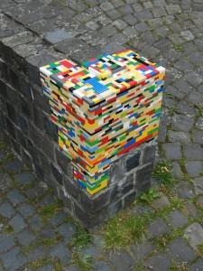 Street Art, Lego