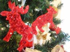 Φτιάχνω Χριστουγεννιάτικα στολίδια με ψυχρό πηλό