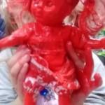 """Η κόκκινη κούκλα της Μαρίας και τα """"προβληματικά""""παιδιά"""
