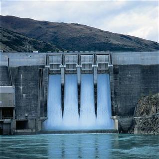 Πόλεμος» για τα μικρά υδροηλεκτρικά