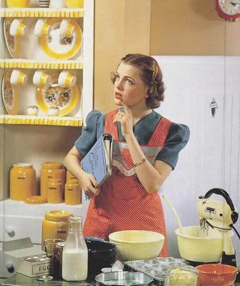Εγώ στην κουζίνα μου